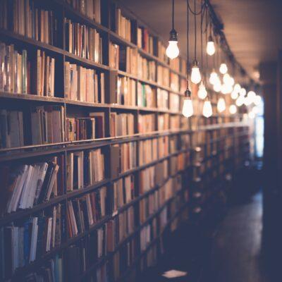 چرا باید رمان انگلیسی خواند؟